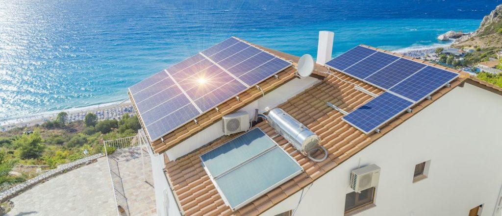 Stock-SolarPanelsHouse-AdobeStock-90969994-copy-compressor